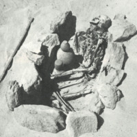SJE8_Pl.5_photo of the grave in situ_optimized.jpg